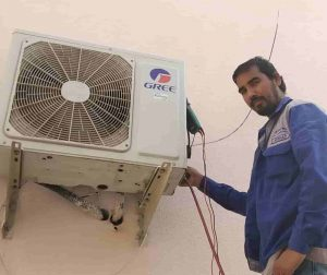 Outside AC Unit Not Turning On   [ 6 Common Problems ]